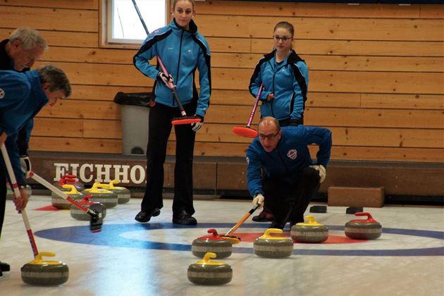 Bild für Kategorie Curling VLCC