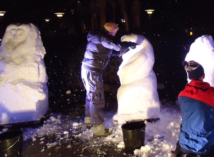 Schneeskulpturenbau_01